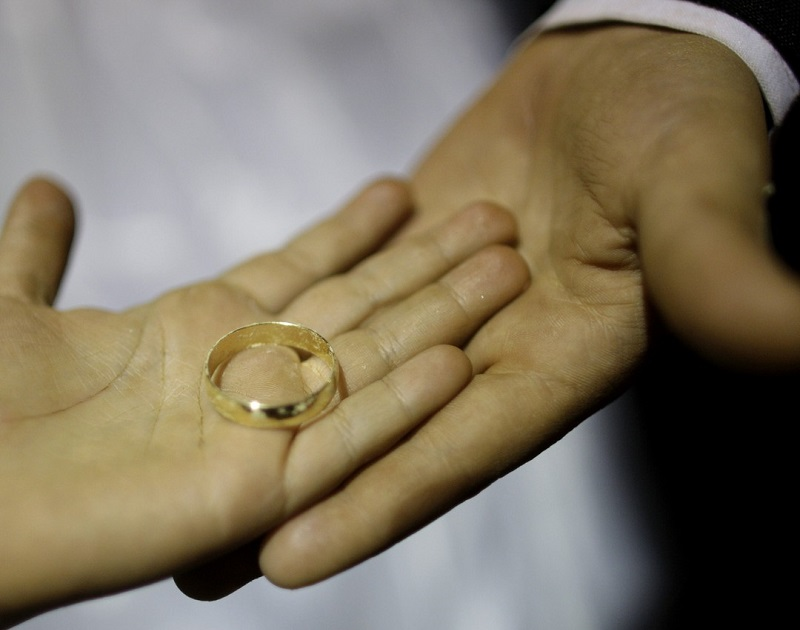 Divorce Rules If You Have Been Married for Less Than Two Years